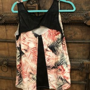 🌴Nanette Lepore Exercise Tank Top🖤
